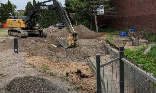 L'excavation au jardin, 11 juin, 2020